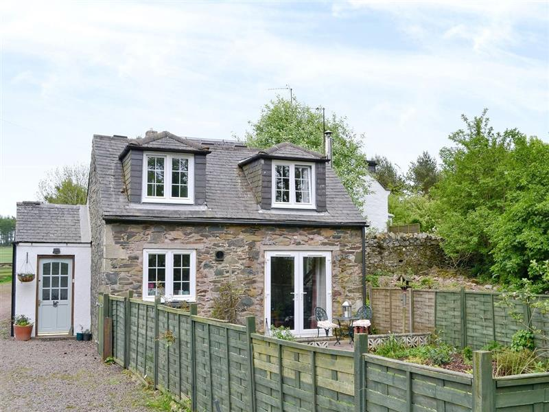 Berryhill Cottage in Grantshouse, Berwickshire. - sleeps 2 people