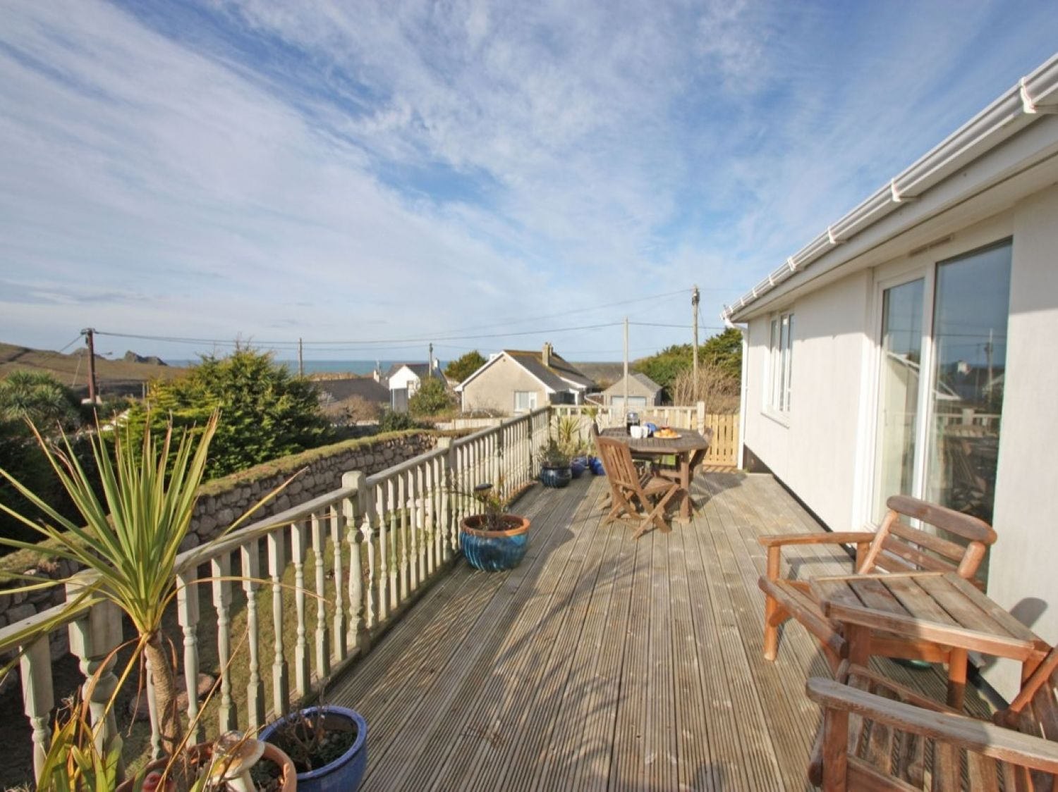 Bethany Bay View in Holywell Bay - sleeps 6 people