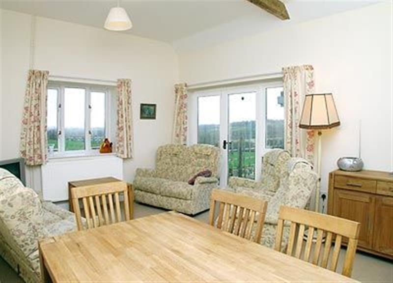 Betty's Cottage in East Chelborough, Dorchester, Dorset. - sleeps 6 people