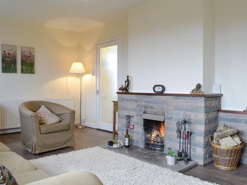 Beuchan Farm - Beuchan Bungalow in Keir Mill, Thornhill - sleeps 4 people