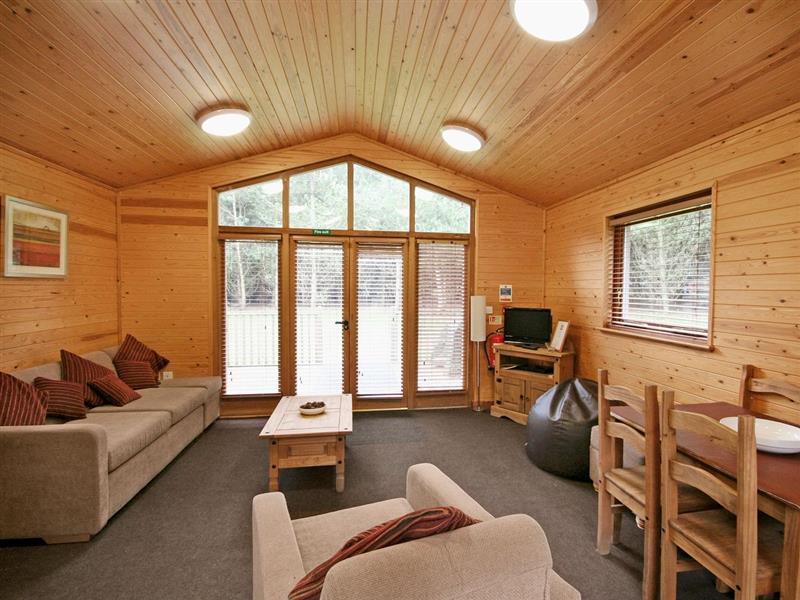Birch Lodge in Burton-On-Trent - sleeps 6 people