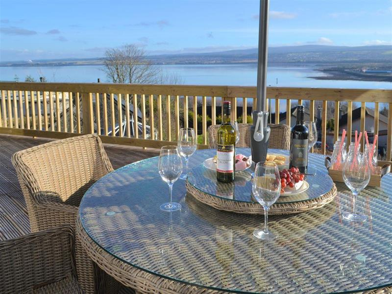 Birdsong in Craigton, near Inverness, Highlands - sleeps 10 people