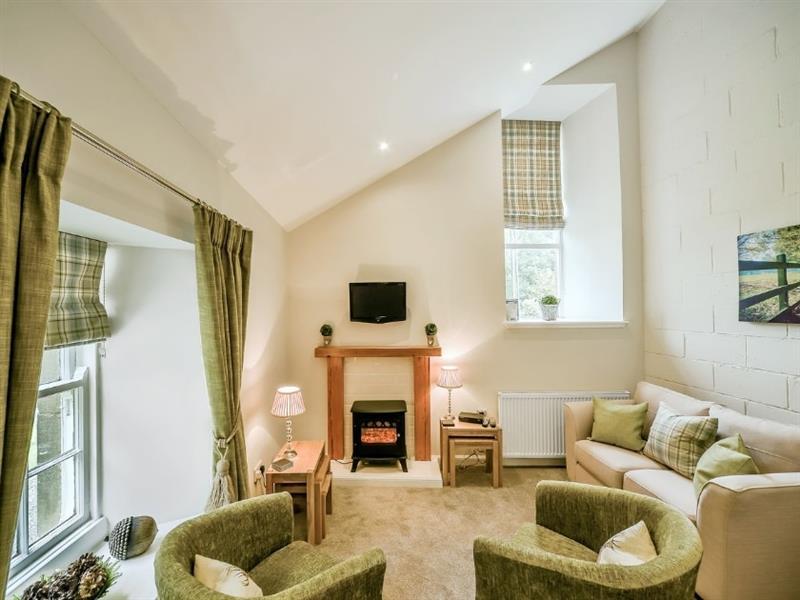Blairquhan Castle Estate - McDowall Cottage in Straiton, nr. Maybole - sleeps 4 people