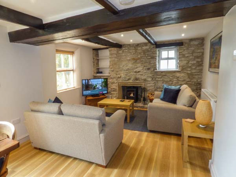Bluebell Cottage in Litton - sleeps 4 people