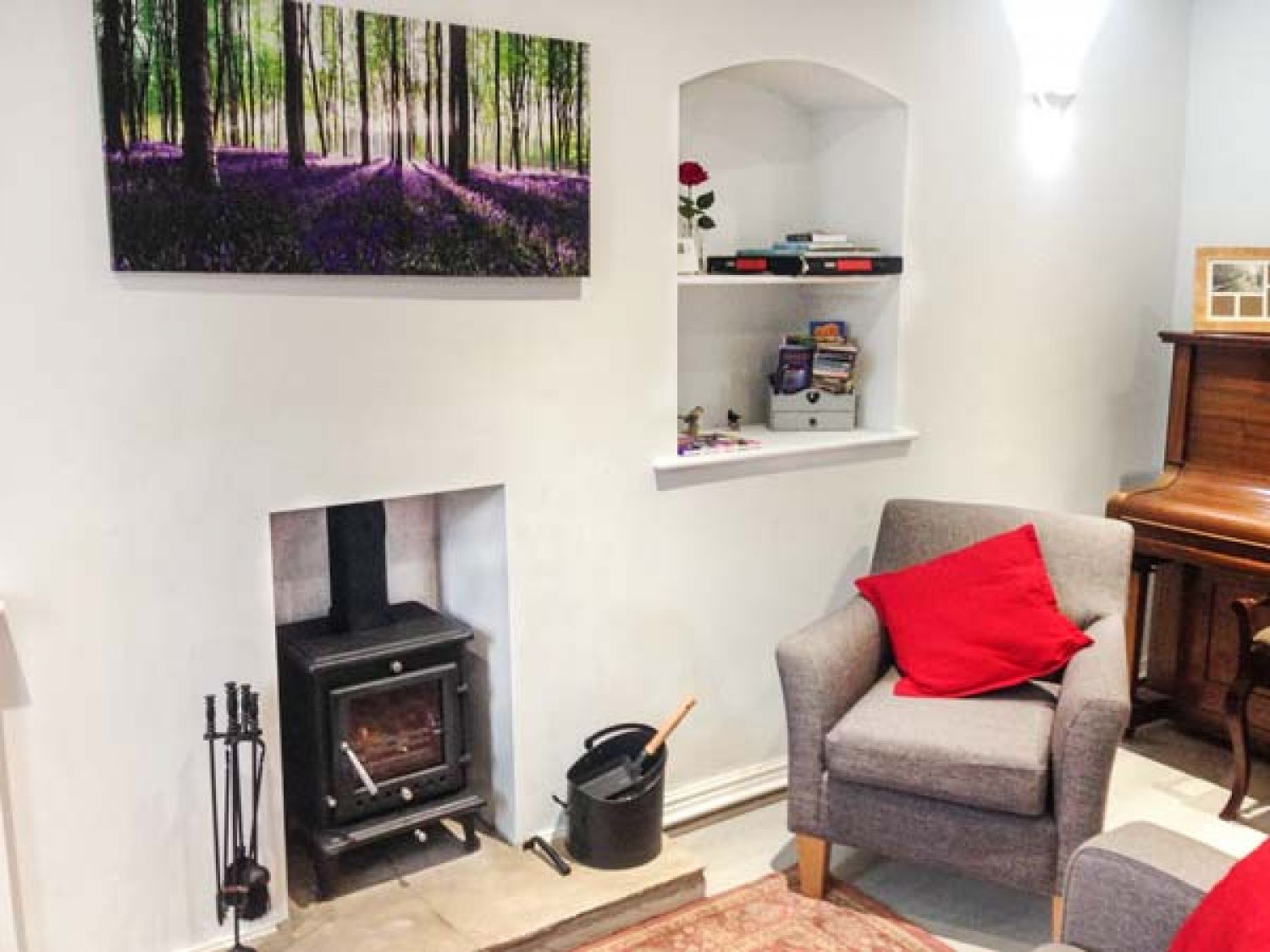 Bluebell Cottage in Tideswell - sleeps 4 people