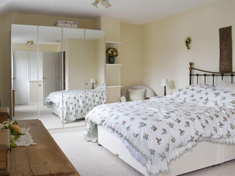 Blueberry Cottage in Bowness-on-Windermere - sleeps 6 people