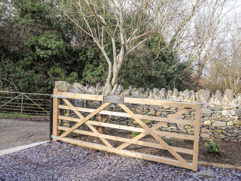 Bodfeurig Farm Cottage in Tregarth near Bethesda - sleeps 5 people