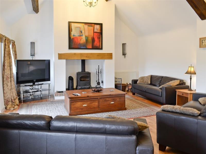 Bodrual Cottage in Rhosbodrual, Caernarfon - sleeps 9 people