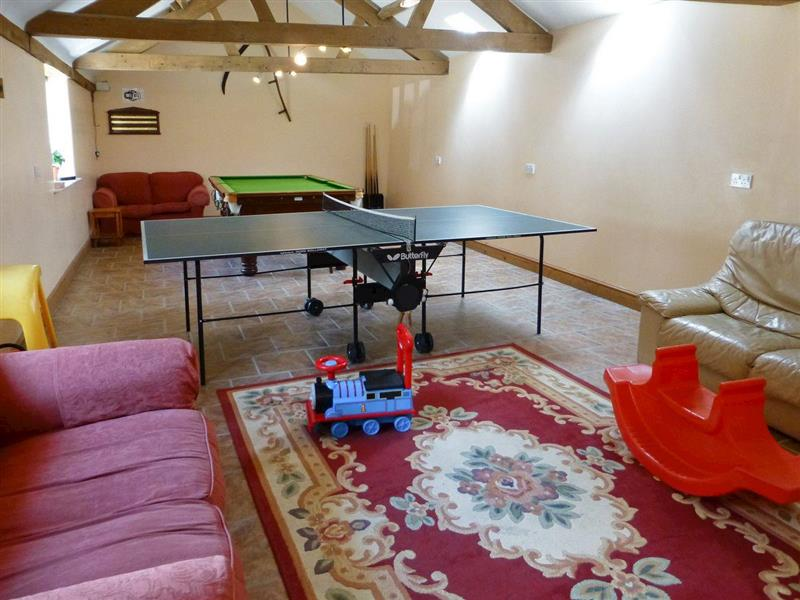 Bookham Court - Little Coombe in Alton Pancras, near Dorchester - sleeps 4 people