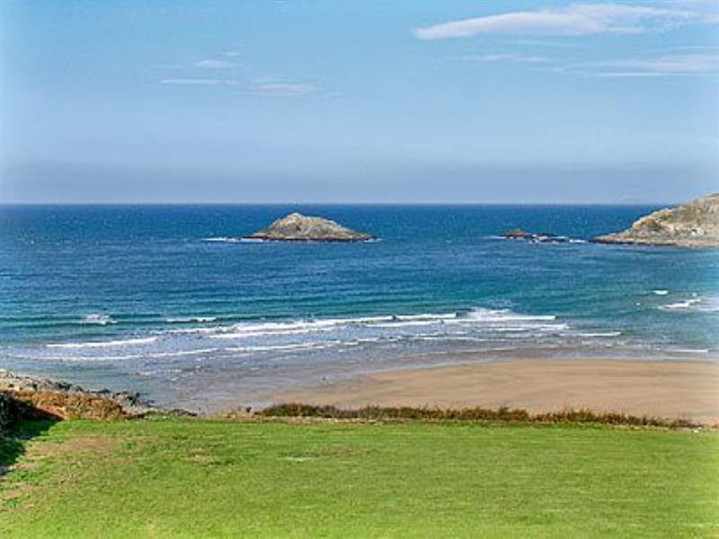 Bowjy Cottage in Cubert, Newquay - sleeps 4 people