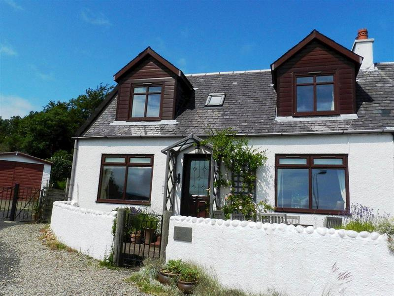 Braehead Cottage in Lamlash, Isle of Arran - sleeps 5 people