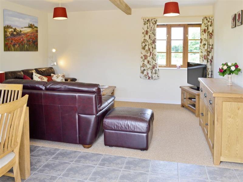 Bridles Farm Holiday Cottages - Woodlanders in Middlemarsh, nr. Sherborne - sleeps 4 people