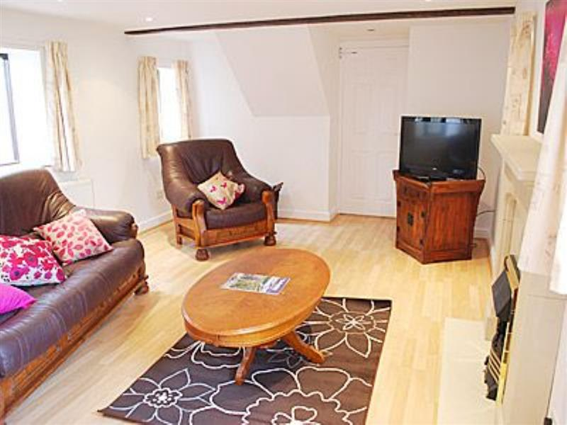 Broadhurst Farm Holiday Cottages - Birch Cottage in Waterhouse - sleeps 4 people