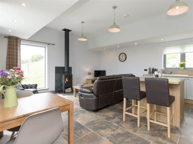 Brogaig Cottages - Quiraing in Brogaig, near Staffin, Isle of Skye - sleeps 2 people