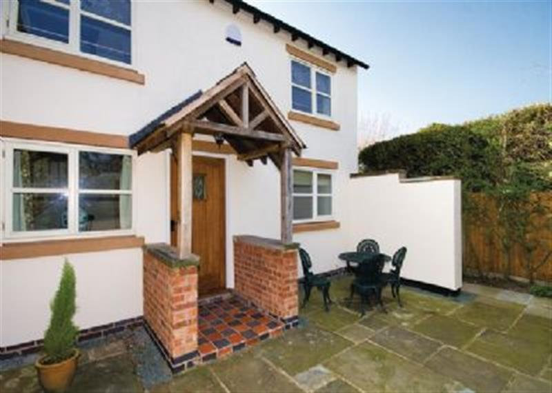 Brook Farm Cottage in Middlewich - sleeps 8 people