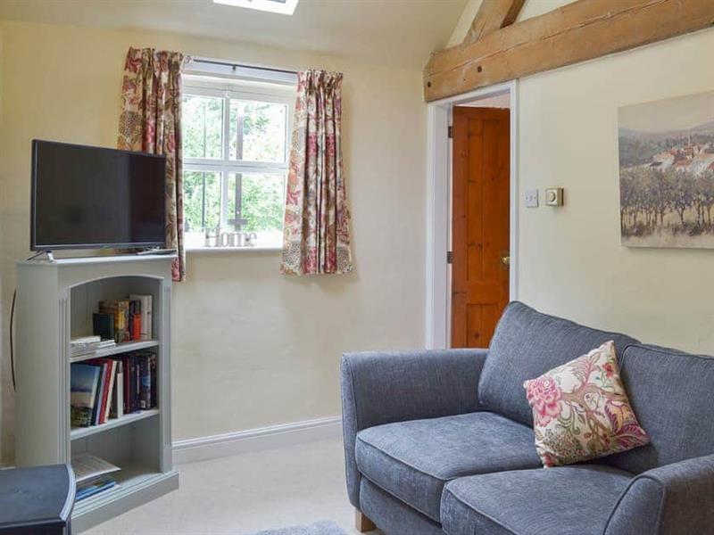 Brookfarm Cottages - Honeysuckle Cottage in Middle Mayfield, near Ashbourne - sleeps 2 people