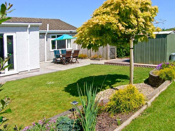 Bryn Eithin in Benllech - sleeps 4 people