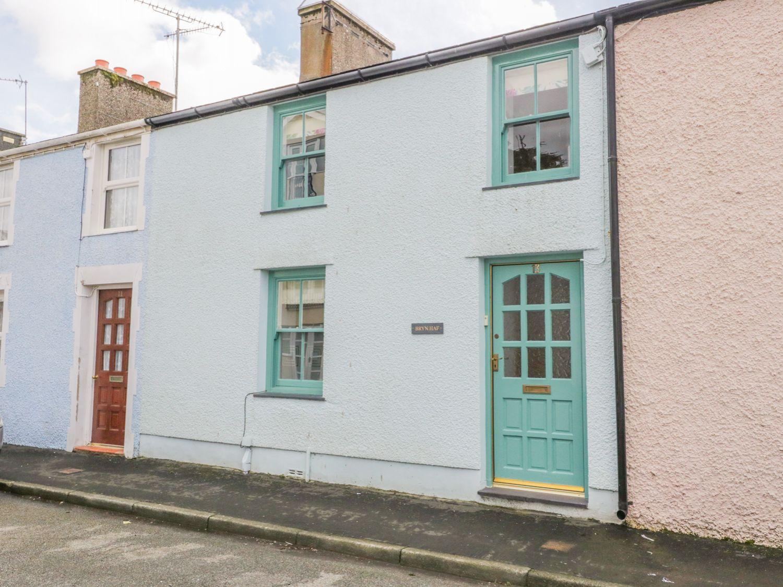 Bryn Haf, New Street in Beaumaris - sleeps 4 people