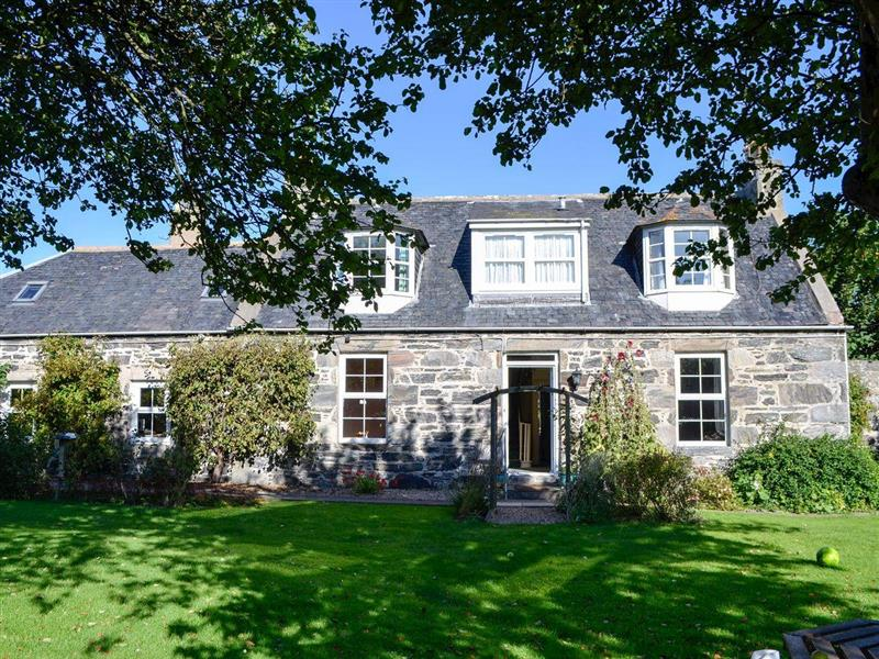 Burnside Cottage in Portsoy, near Banff - sleeps 7 people