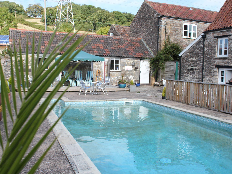 Butcombe Farm House in Butcombe - sleeps 22 people