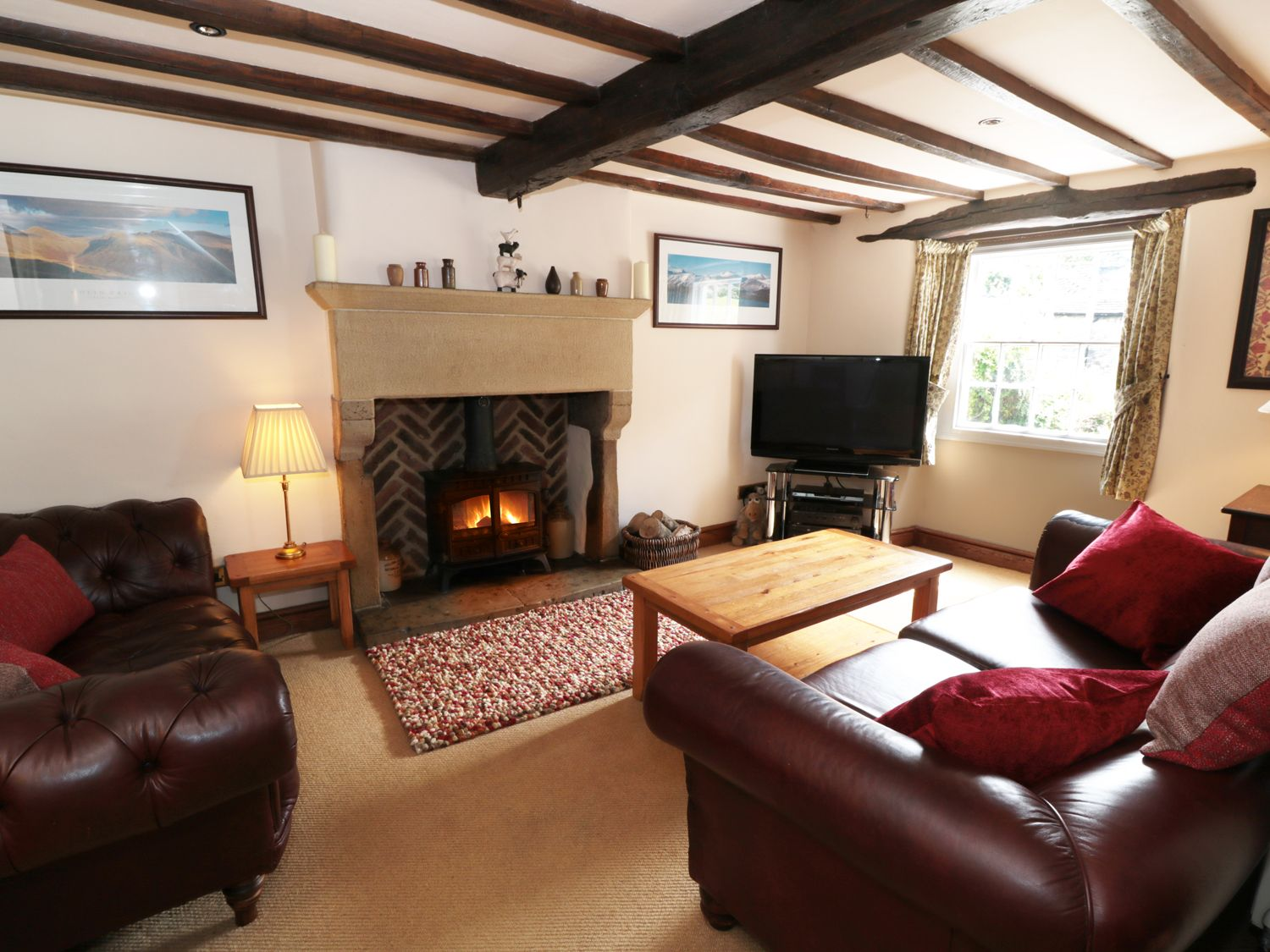 Buttercup Cottage in Castleton - sleeps 6 people