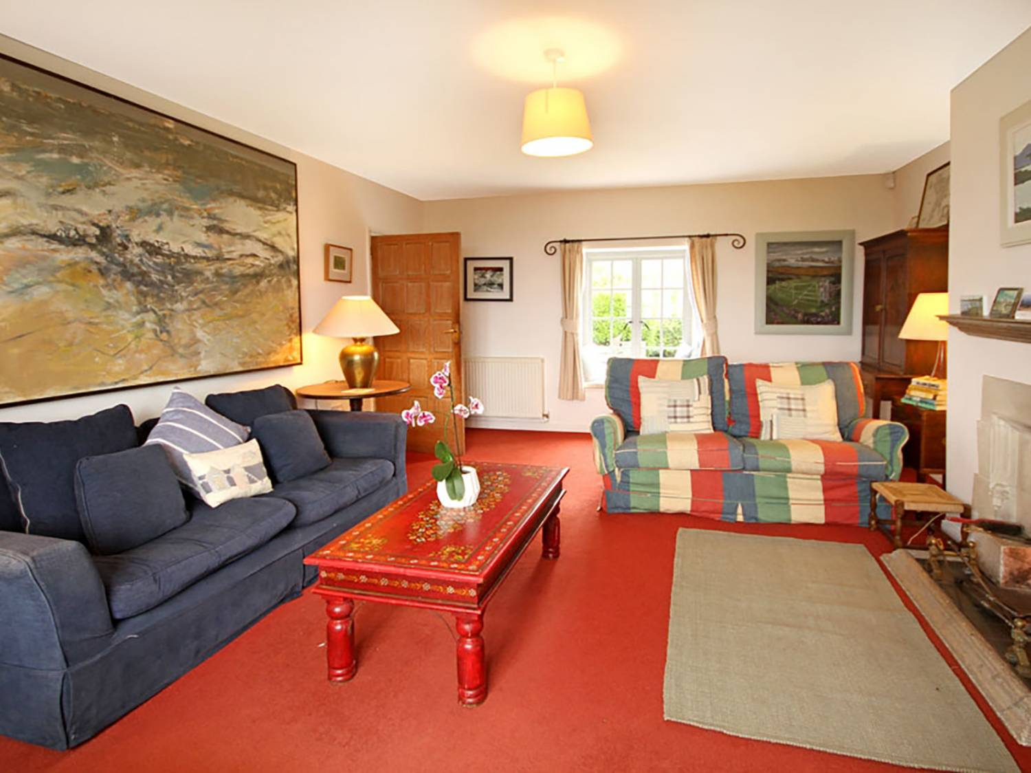 Cae Llyn in Rhoscolyn - sleeps 8 people