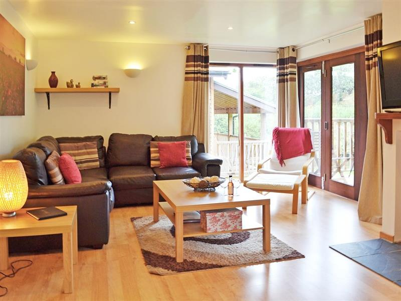Calbourne Water Mill Eco-houses - Badgers Oak in Calbourne, Newport - sleeps 6 people