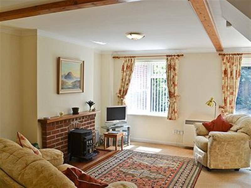 Camelot in Weybourne, nr. Holt, Norfolk. - sleeps 6 people