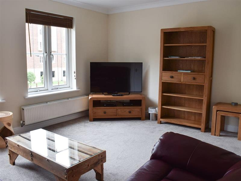 Captains House and Bosuns Quarters - Captains House in Whitby - sleeps 8 people