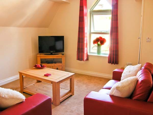 Carisbrooke House, Apartment 6 in Scarborough - sleeps 2 people