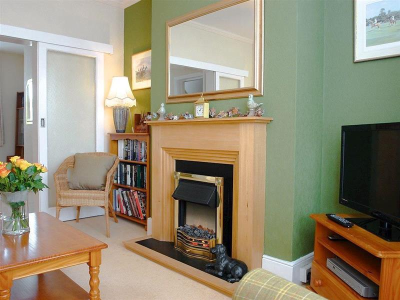 Carley Cottage in Meads Village, near Eastbourne - sleeps 5 people