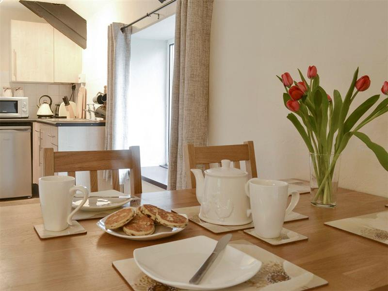 Castell Howell Cottages - Calves Cottage in Pontsian, near New Quay, Cardigan/Ceredigion - sleeps 4 people