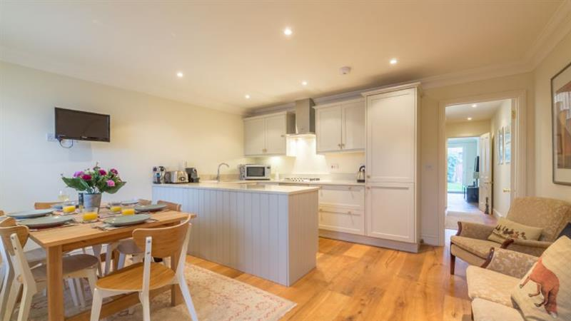 Castle House in Wells-next-the-Sea - sleeps 6 people