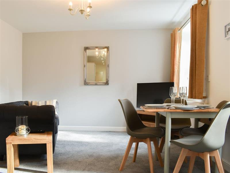 Central Hall Apartment in Whitby - sleeps 2 people
