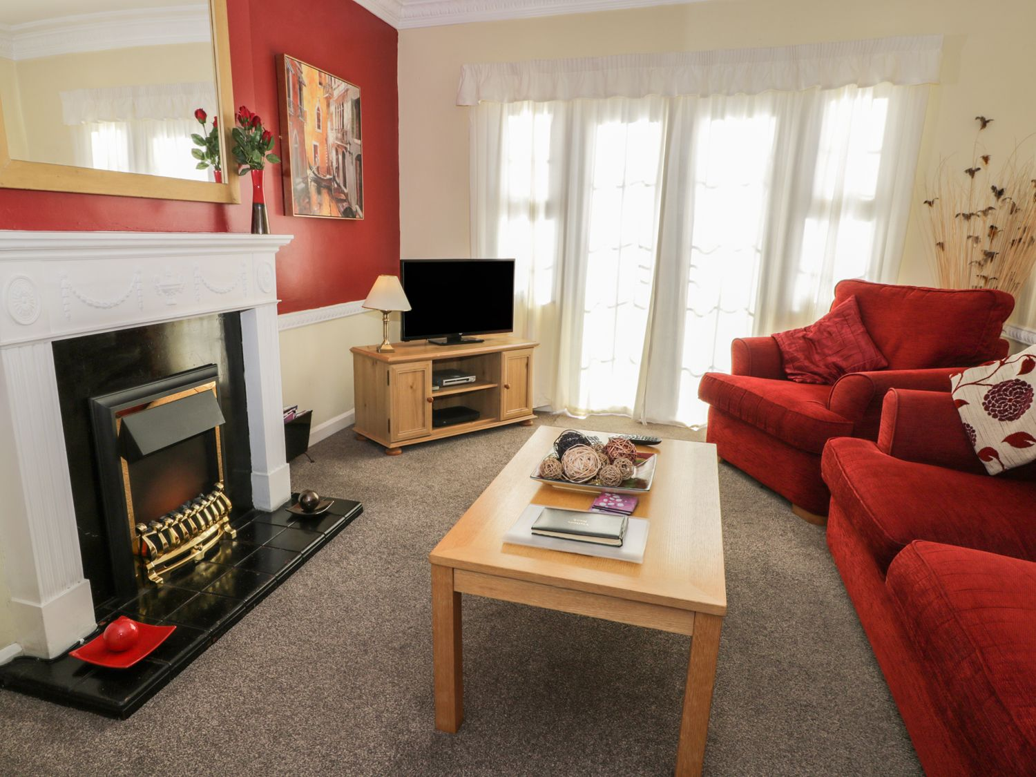 Cherry Tree Cottage in Sewerby - sleeps 2 people
