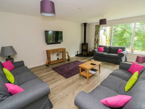 Cherry - Woodland Cottages in Bowness-in-Windermere - sleeps 10 people
