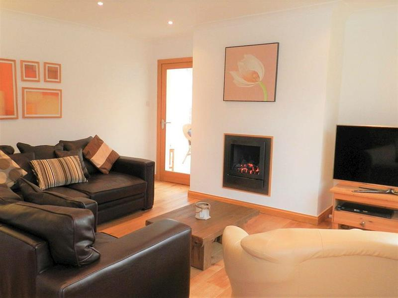 Chestnut Lodge in Brodick, Isle of Arran - sleeps 9 people