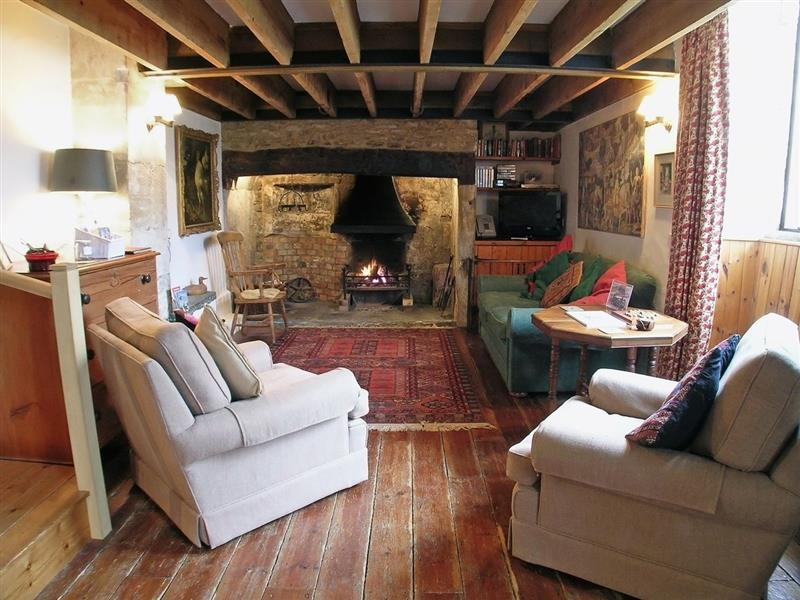 Chetnole Mill in Chetnole, Sherborne, Dorset. - sleeps 5 people