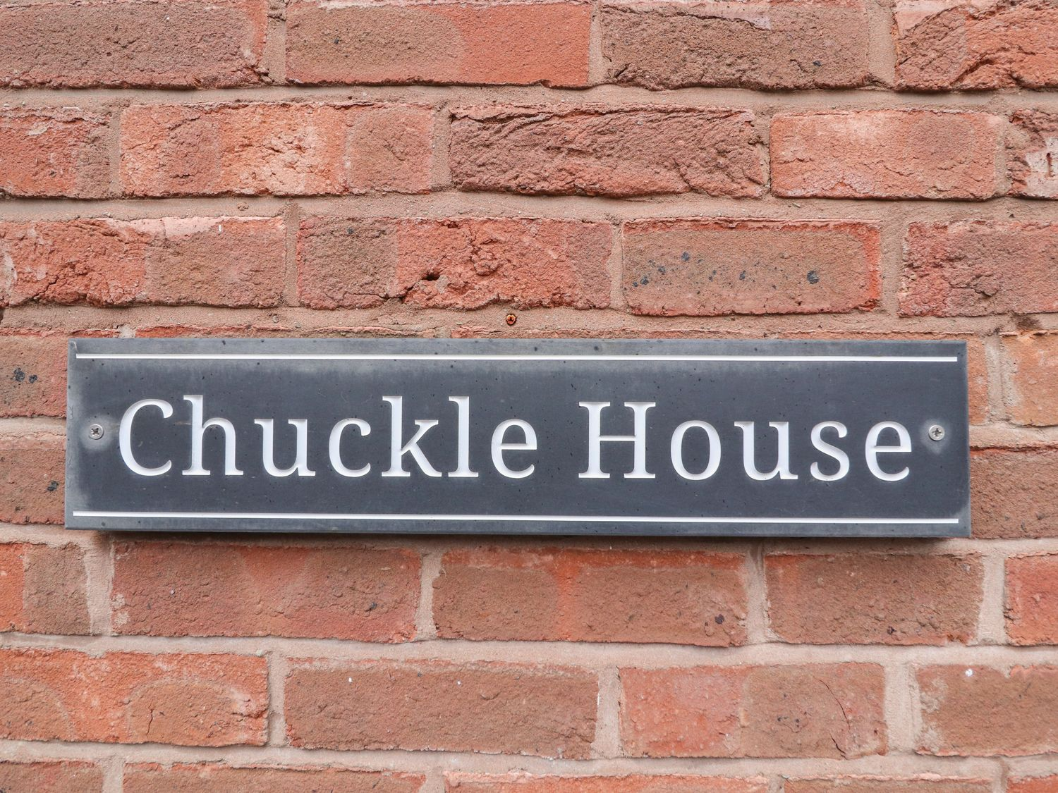 Chuckle House in Chester - sleeps 5 people