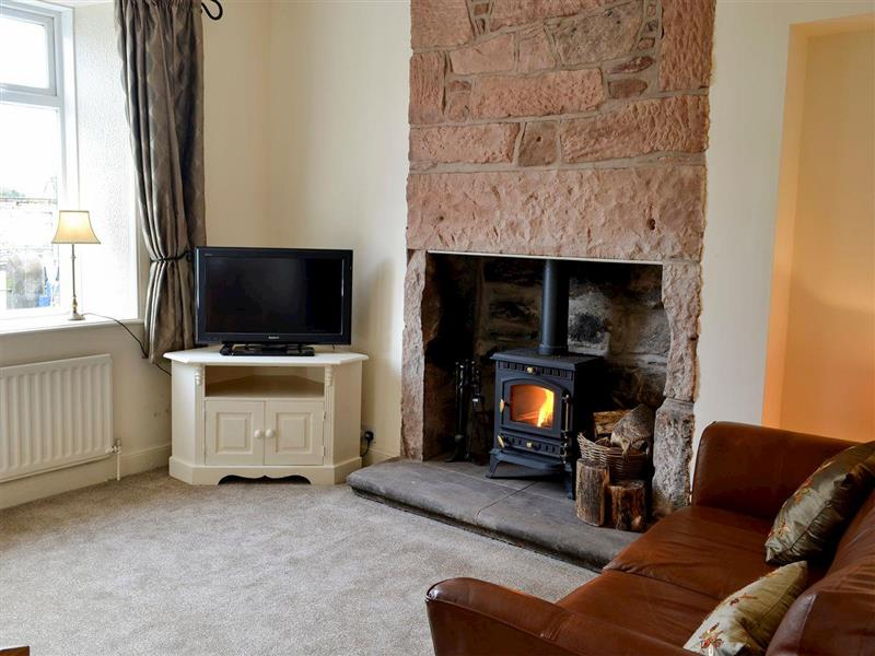 Church Cottage in Ecclefechan, near Lockerbie, Dumfries and Galloway - sleeps 4 people