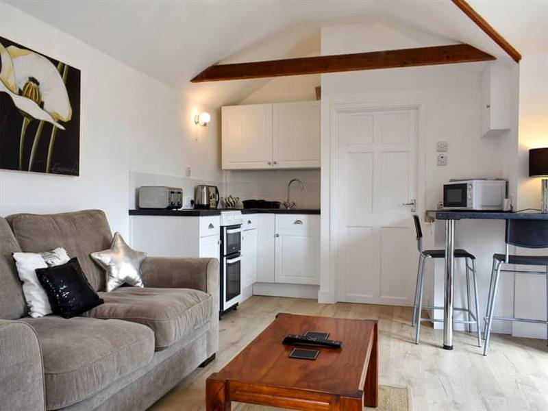 Clarence House Holiday Apartments - Louise Cottage in Shanklin - sleeps 4 people