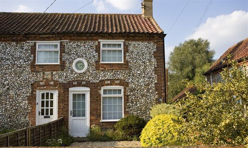 Clock Cottage in East Rudham - sleeps 6 people