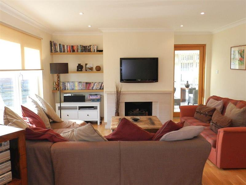 Cloy Lodge in Brodick, Isle of Arran - sleeps 8 people