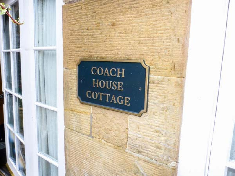 Coach-house Cottage in Kirkmichael near Ayr - sleeps 4 people