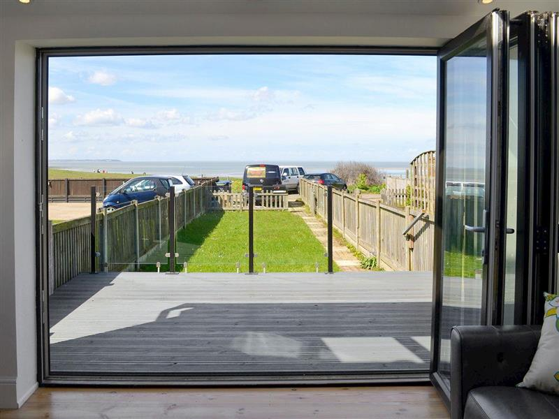 Coastguard Cottage in Swalecliffe, nr. Whitstable - sleeps 6 people