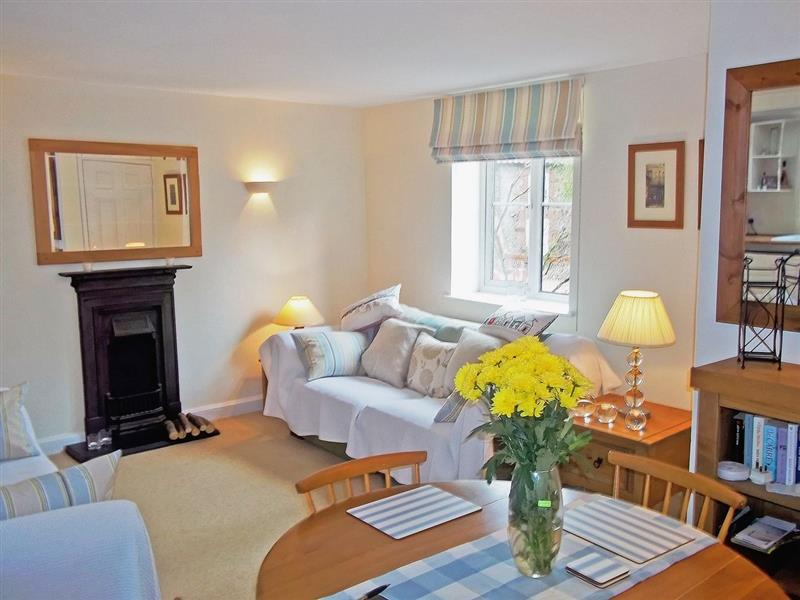 Cobble Stones in Holt, Norfolk. - sleeps 4 people