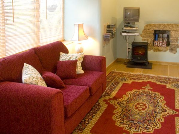 Cobbled Corner in Elton - sleeps 2 people