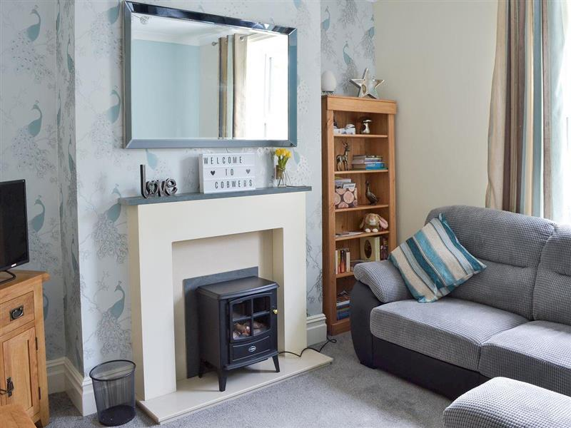 Cobwebs in Lindale, near Grange-over-Sands - sleeps 6 people