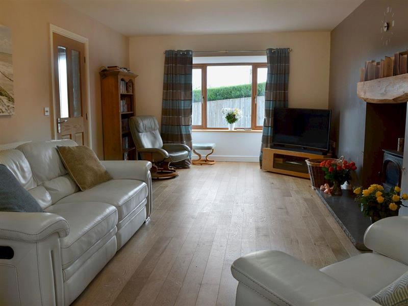 Coedlys in Talwrn, Anglesey - sleeps 8 people