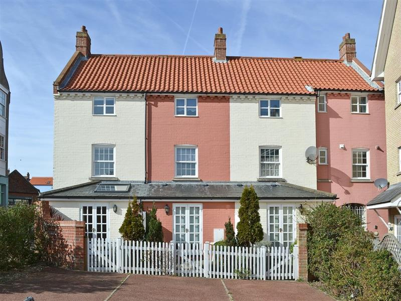 Commodore Cottage in Cromer - sleeps 6 people